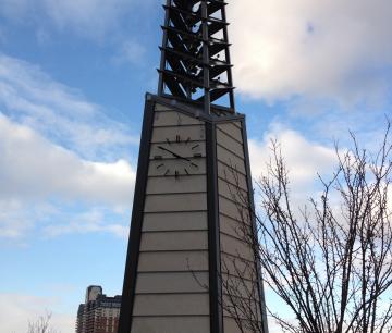 Carillon de la Place Claude-Léveillée